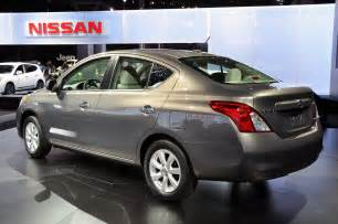 2012 Nissan Versa Mpg Nyias 2012 Nissan Versa Offers 33 Mpg For 10 990 Live