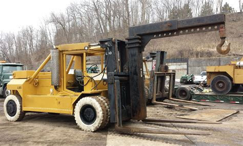 80 000lbs Bristol Riggers Forklift For Sale Call 616 200