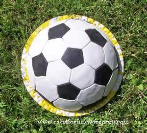 fussball kuchen backen fussball kuchen soccer cake cakes for