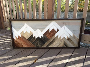 Wood Cabin Decor by Best 25 Mountain Cabin Decor Ideas On