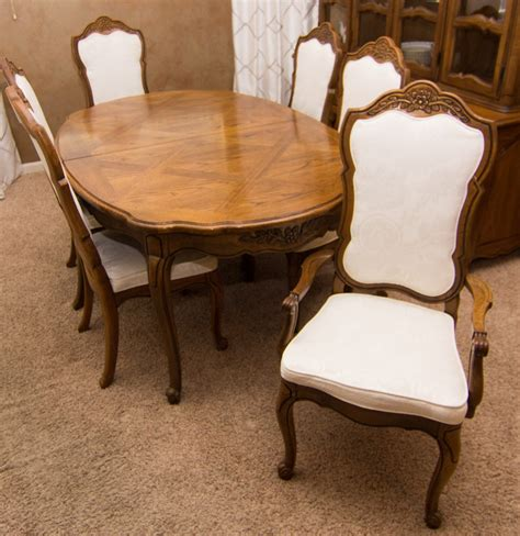 thomasville french provincial style oak dining table