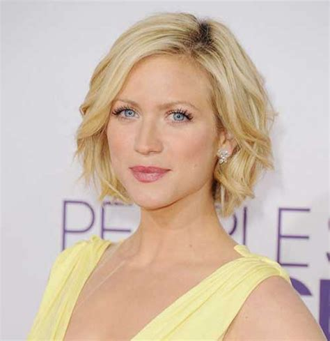 short loose wave hairstyle loose waves for short hair the best short hairstyles for