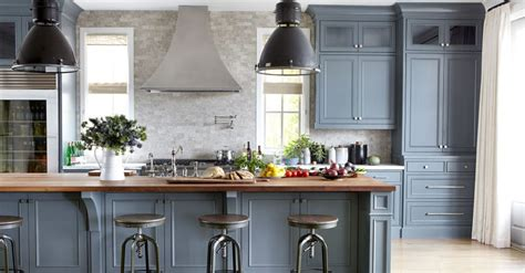 paint your own kitchen cabinets 8 mistakes to avoid when painting your own cabinets