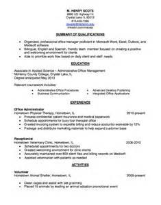 Pet Sle Resume by Hometown Pet Grooming Resume Sle Http Resumesdesign Hometown Pet Grooming Resume