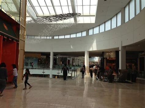 Garden State Plaza Reviews Garden State Plaza Mall Picture Of Westfield Garden