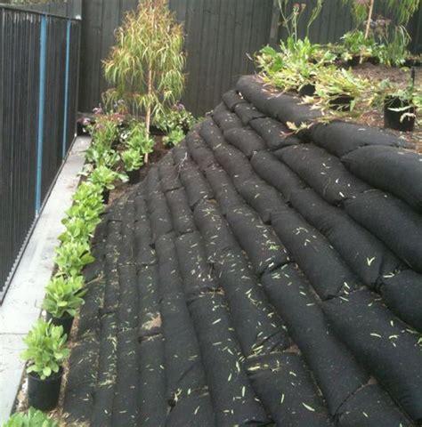 cheap garden wall 25 best ideas about cheap retaining wall on