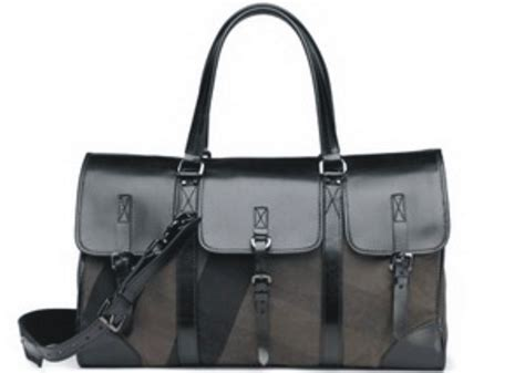 Tas Burberry Doctor 1040 7 1 to be a successful boutique entrepreneur 04 04 10