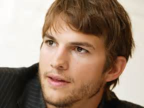 ashton kucher ashton kutcher wallpaper 1024x768 61639