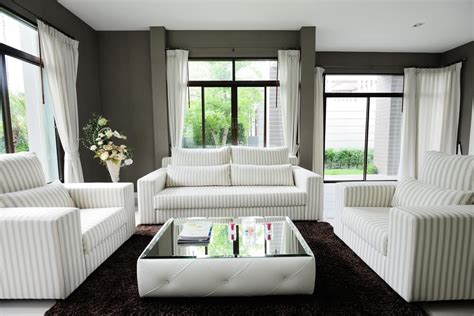 50 Beautiful Living Rooms With Ottoman Coffee Tables Living Room Ottoman Coffee Table
