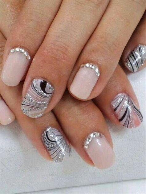 Swirl Nail Designs