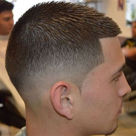 hairstyles for 21 year olds fade haircut mens hairstyles 10 of the most badass low fade haircuts