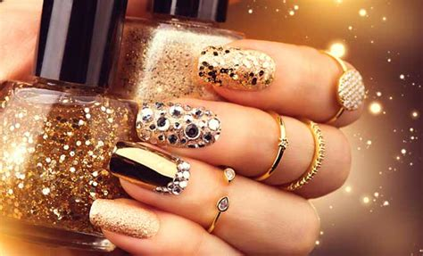 latest nail craze mirrored manicures latest nail art craze to try