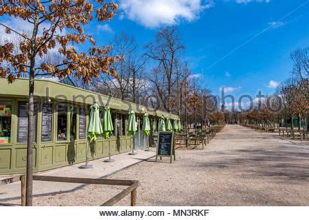 comptoir du jardin le comptoir restaurant stock photo 135790905 alamy