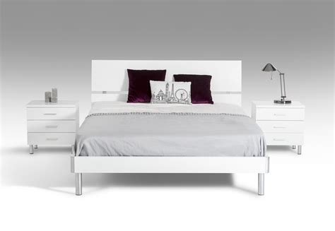 contemporary white bedroom set modrest bravo modern white bedroom set