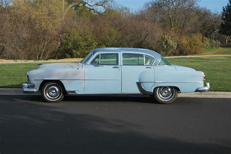 Chrysler New Yorker by 1954 Chrysler New Yorker Base 5 4l Hemi 4 Door Sedan