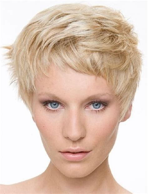 short choppy hairstyles for women over 50 fine hair short choppy layered haircut 2018