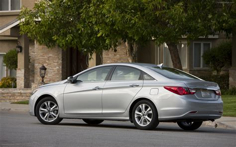 hyundai sonata 2011 widescreen car pictures 06 of