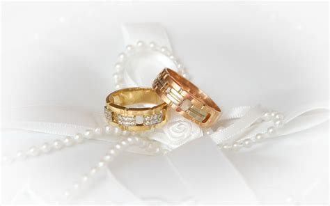 wedding ring images beautiful wedding rings for the unique engagement ring