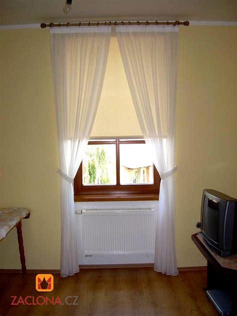 gardinen rollos kombination der systeme gardinenstangen und gardinen als