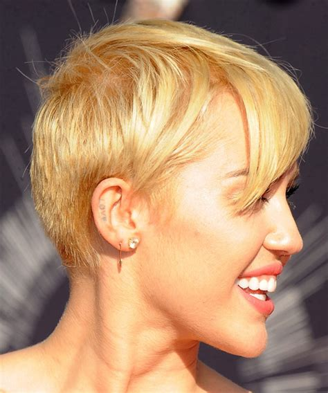 views of miley cyrus hair cut miley cyrus short straight casual hairstyle medium