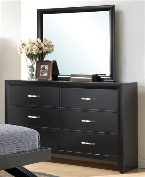 black bedroom suite galinda 6 piece bedroom suite in black finish by crown