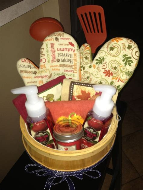 7 Gift Basket Ideas That Rock by 25 Best Ideas About Fall Gift Baskets On