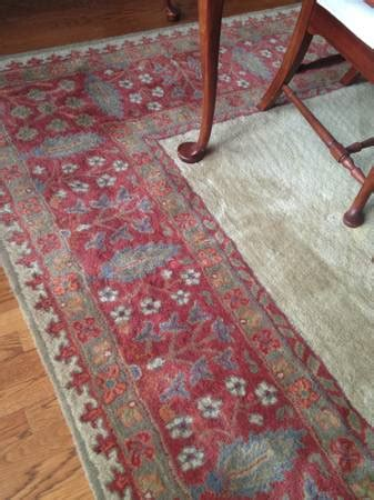 pottery barn tapis rug past finds curating craigslist