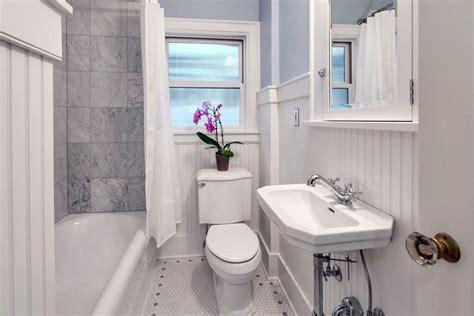 Small Bathroom Ideas (Vanity, Storage & Layout Designs