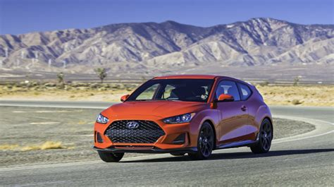 hyundai veloster turbo  spec colors release date