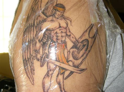 Angel With Sword Tattoos For Men 2 Tattoos Book 65 000 Ngel With Sword Tattoos For