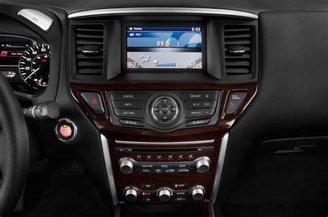 nissan pathfinder radio 2015 nissan pathfinder radio interior photo automotive