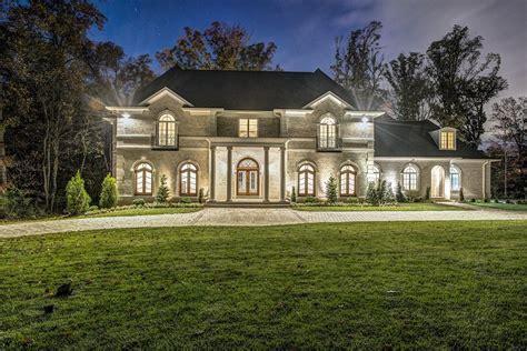 Brand New Potomac Home 5 500 000 South Sound Luxury Homes Potomac Luxury Homes