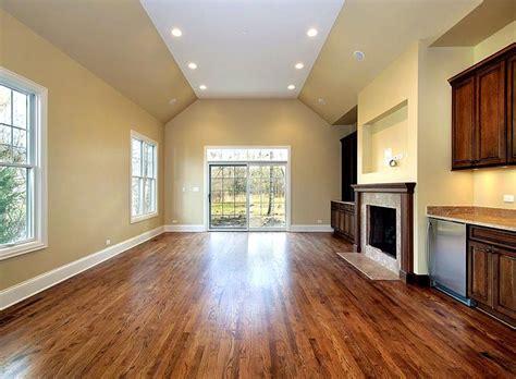 Refinishing Prefinished Hardwood Floors 25 Best Ideas About Hardwood Floor Refinishing On