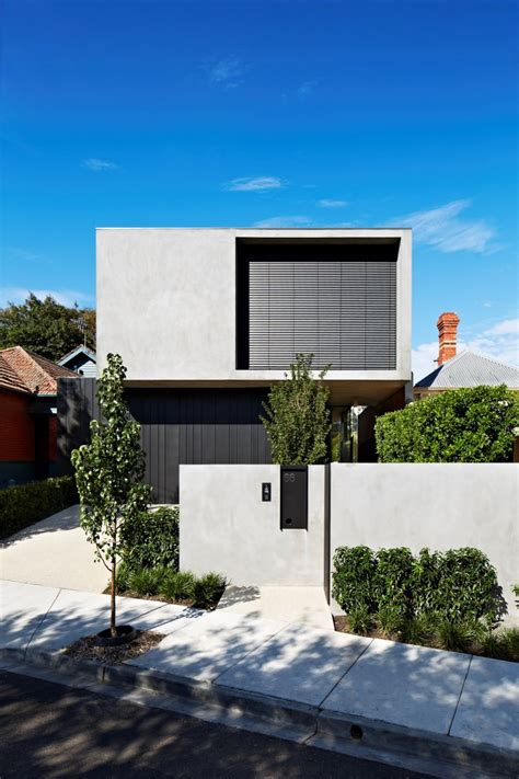 Fortress Exterior Reveals Open Interiors Surrounding Central Courtyard Modern House Designs | fortress exterior reveals open interiors surrounding