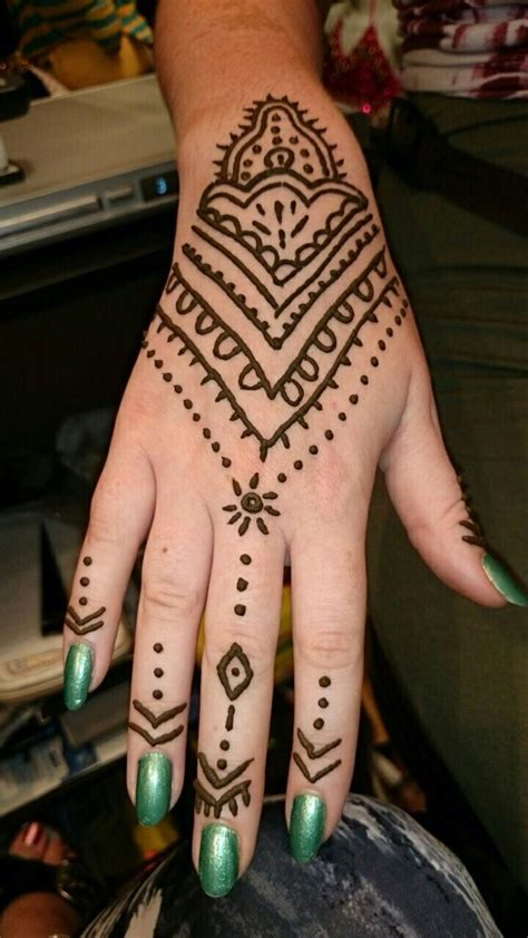 henna tattoo stores 17 best ideas about temporary henna tattoos on