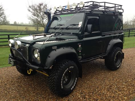 land rover defender road land rover defender 90 road imgkid com the