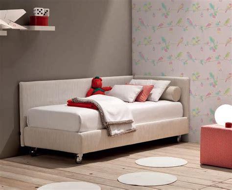 letti con rotelle letto singolo moderno con rotelle duylinh for