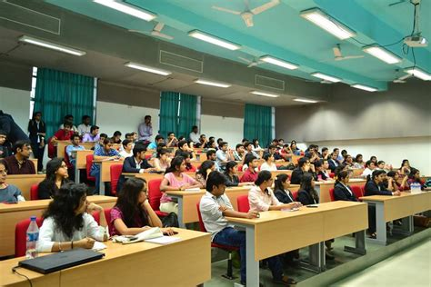 Kj Somaiya Fee Structure For Mba by Fees Structure And Courses Of Kj Somaiya Institute Of