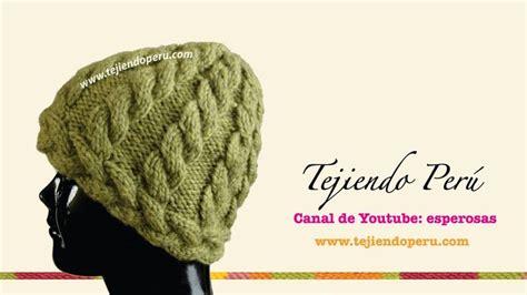 modelo de poncho tejido en dos agujas newhairstylesformen2014com 93 best images about gorros de lana on pinterest