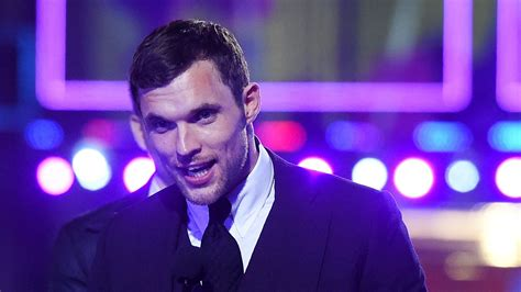 Hellboy Casing Samsung hellboy actor ed skrein steps from after