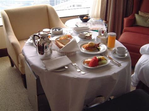 room service picture  island shangri la hong kong