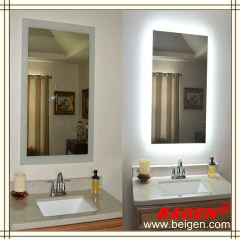 Cermin Besar Untuk Salon kualitas atas kamar mandi dibingkai cermin berlu 16 tahun memasok untuk hotel cermin kamar