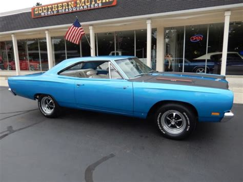 auto manual repair 1969 plymouth roadrunner instrument cluster 1969 plymouth road runner b5 blue 383 4 speed tach sure grip recent resto