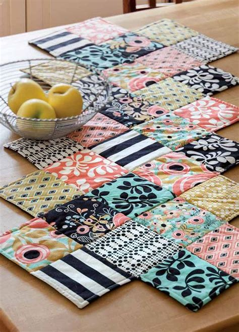 Best 25 Small Quilt Projects Ideas On Machine - best 25 table runners ideas on table