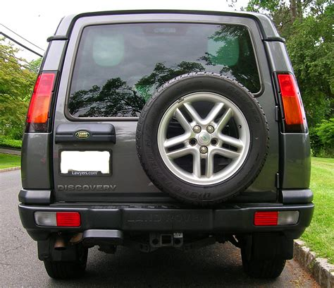 2004 land rover discovery rear bumper rear view of a 2004 land rover discovery se7 classic