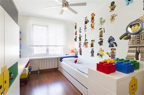deco chambre lego d 233 co chambre enfant 50 id 233 es cool pour enjoliver les murs