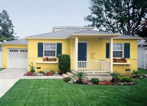 yellow color home design best 25 yellow house exterior ideas on pinterest yellow