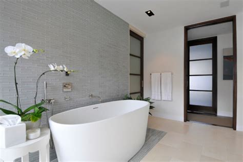 Feature Wall Bathroom Ideas by Opera Glass Bathroom Feature Wall Contemporary