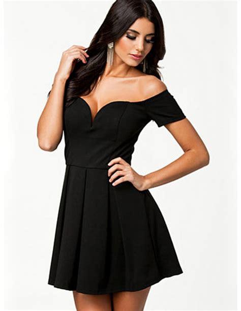 vestidos cortos con vuelo vestido negro con vuelo ms1393