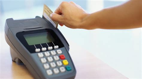 Mesin Edc credit card foreign transaction fees going away